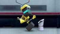 SB S1E10 Cubot kick can