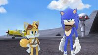 S1E11 Tails Sonic