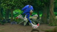S1E04 Sonic run forest