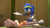S1E44 Sonic injured Earl