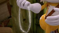 SB S1E50 Paper clip necklace