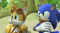 SB S1E36 Sonic and Tails looking