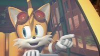 Tails driving