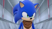 S1E46 Sonic hallway