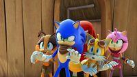 SB S1E04 Team Sonic startle