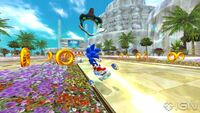 Sonic-free-riders-20100802114050675 640w