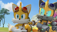 Tails and Cyborg Tails fight