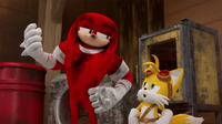 SB S1E43 Knuckles Tails accident