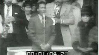 Marvin_Gaye_National_Anthem_1968_World_Series