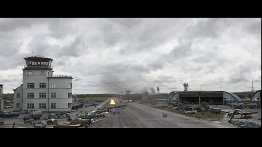 Sound Ideas, Explosions - Missile fires . . . long take off . . . explosion and echo