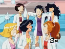 Totally Spies! S01E04 Sound Ideas, BUBBLES, WATER - SMALL, STEADY, RAPID BUBBLES, LOW INTENSITY, BOIL