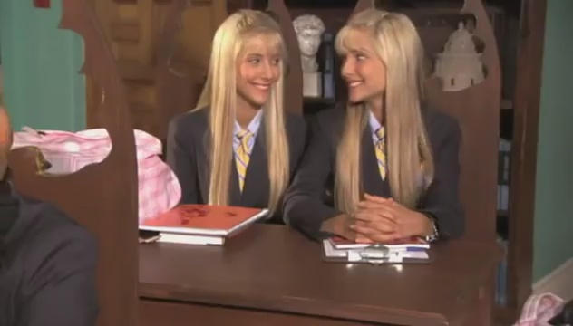 Legally Blondes (2009) (Trailers)