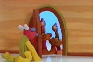DOOR, WOOD - OPEN, 01 Nick Jr's Show and Tell