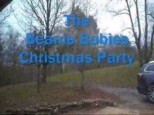 The Beanie Babies Christmas Party (2016)