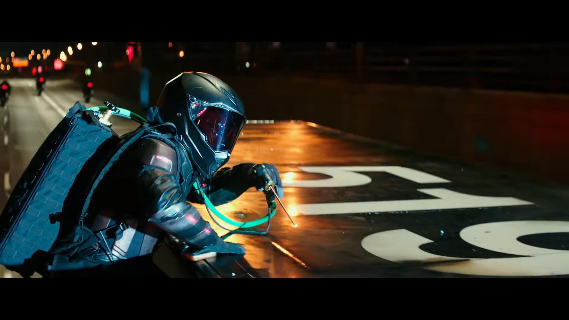 Teenage Mutant Ninja Turtles: Out of the Shadows (2016) (Trailers)