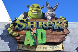 Shrek 4D Logo.png