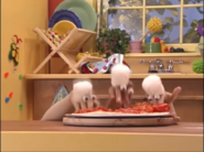 Oobi - Make Pizza! 00-03-54