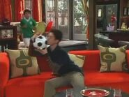 Wizards of Waverly Place (Promos) Hollywoodedge, Squeaky Kiss Wpop At CRT027703