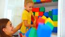 Nikita, Vlad and Mom Play with colored cubes 0-47 screenshot
