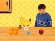 Sound Ideas, HUMAN, LAUGH GIGGLING CHILD Blue's Clues (3)