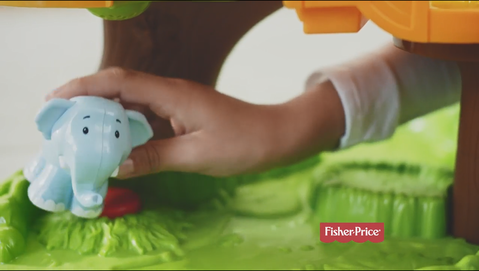 'Fisher-Price® Little People® Share & Care Safari' (2018) (Commercials)