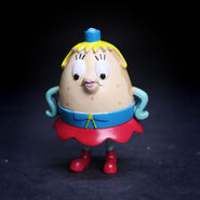 SpongeBob-Mrs-Puff-action-figure