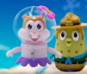 Sandy and Mrs Puff Kamp Koral finger puppets
