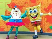 SpongeBob-and-Mrs-Puff-mascots