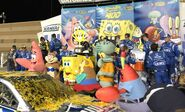 SpongeBob-mascots-Lowes-up-close
