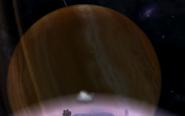Pomarańczowy gazowy olbrzym widoczny z księżyca