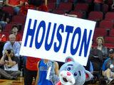 Clutch the Bear (Houston Rockets)