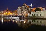 RealWorld Bydgoszcz Granary (Night).jpg