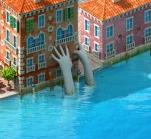 Venice Hands Sculpture.png
