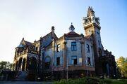 RealWorld Oskar Schoen's Palace.jpg