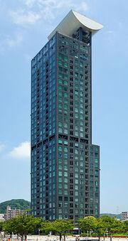 RealWorld Retro High Mart Tower.jpg