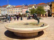 RealWorld Dolphins Fountain.jpg