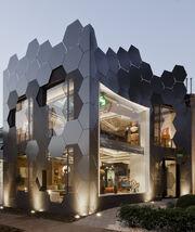 RealWorld Honeycomb Hotel.jpg