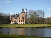 RealWorld Aertrycke Castle.jpg