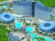 Pool3 at the Royal Wings Hotel.jpg
