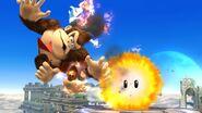 Donkey Kong siendo lastimado por el Hothead en el campo de batalla SSB4 (Wii U)