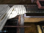 Niewielka skrzynia pod dachem 3