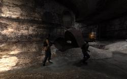 Jupiter underground perestrelka zombi.png