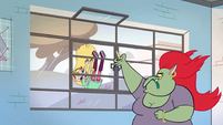 S2E32 Star Butterfly stumbles out of the classroom
