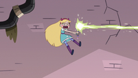 S3E8 Star Butterfly blasting magic at Sir Lavabo