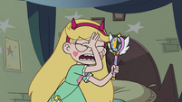 S2E31 Star Butterfly face-palming