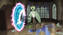 S3E30 Spider jumps into the next portal