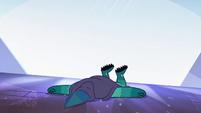 S4E4 Rhombulus lying flat on the ground
