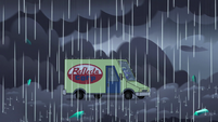 S3E35 Van stops in the middle of the storm