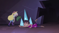 S4E4 Marco falls over onto the ground