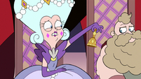 S3E10 Queen Butterfly ringing her bell with worry